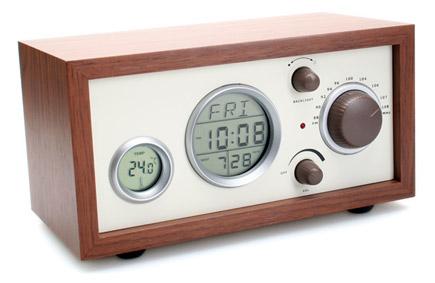 vintage-analog-radioclock.jpg