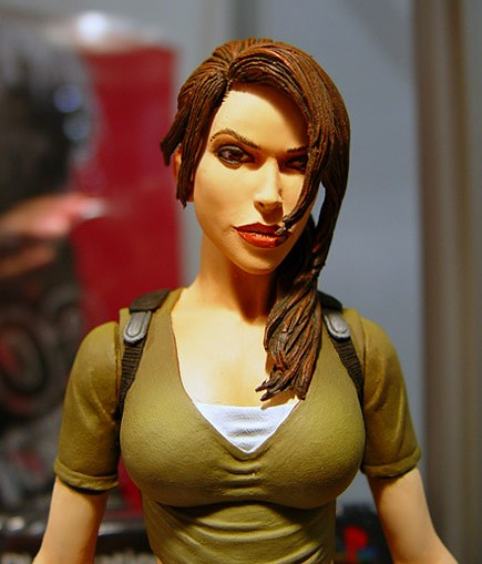 lara-croft-action-figure-2.jpg